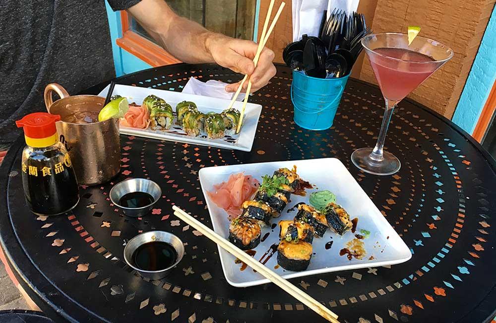 sushi-outside